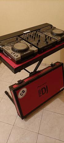 Conjunto DJ  2CDJ 440 Pioneer + mesa