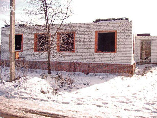 Недостроенный дом дом в Тарановке