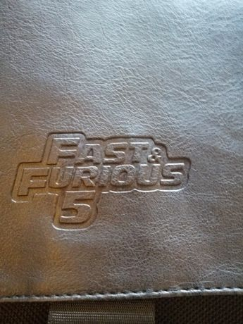 Torba na ramię, Fast and Furious 5