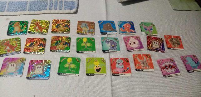Pokémon Staks e tabuleiro de jogo