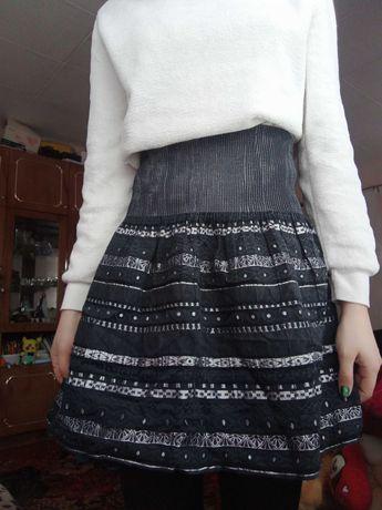 Отдам юбки на 42-44