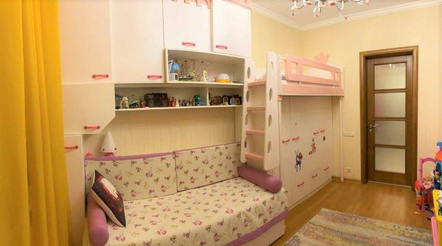 Продам детскую мебель в детскую комнату для девочки