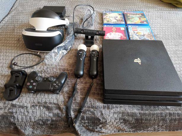 PlayStation 4 Pro + akcesoria