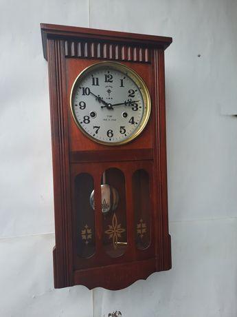 Zegar wiszący Polaris 31 dniowy