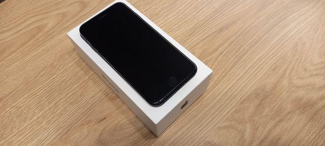 Iphone 7 32 GB  .