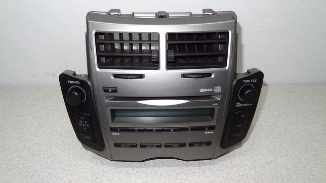 Toyota yaris II radio cd  86120-0D490