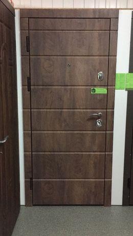 Входные двери. Двери в квартиру. Бронедвери. Дешевые двери