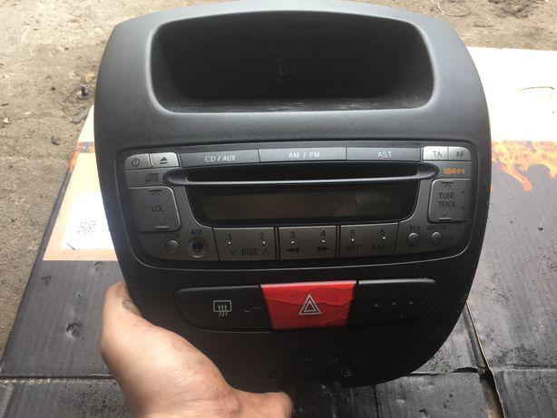 Radio CD toyota aygo/citroen/peuegot