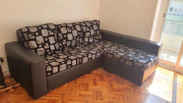 Sofa preto imitação pele