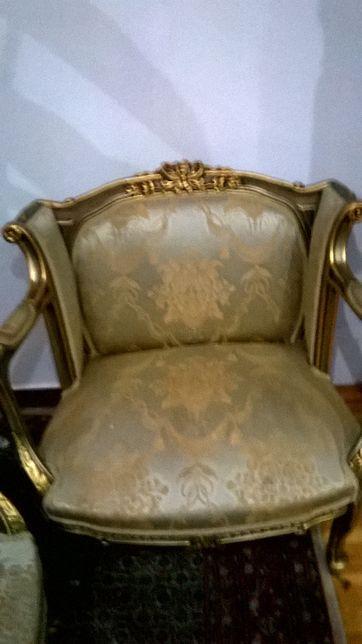 złote fotele