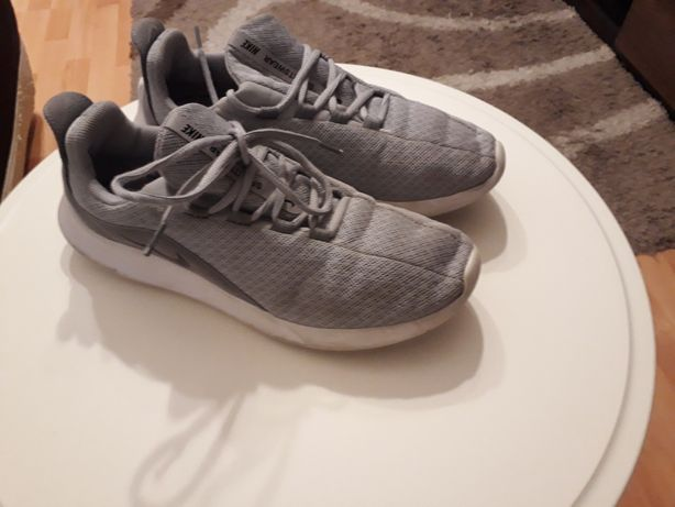 Buty Nike oryginalne rozm.42(26,5cm).