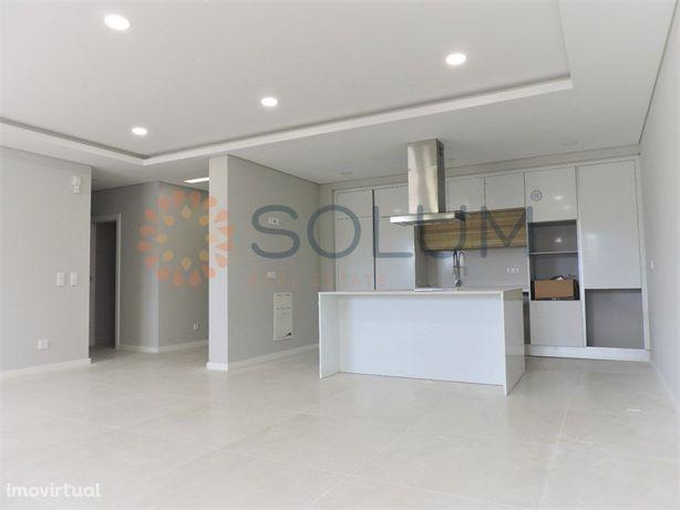 Apartamento T3 - r/c novo - Pinhal Novo