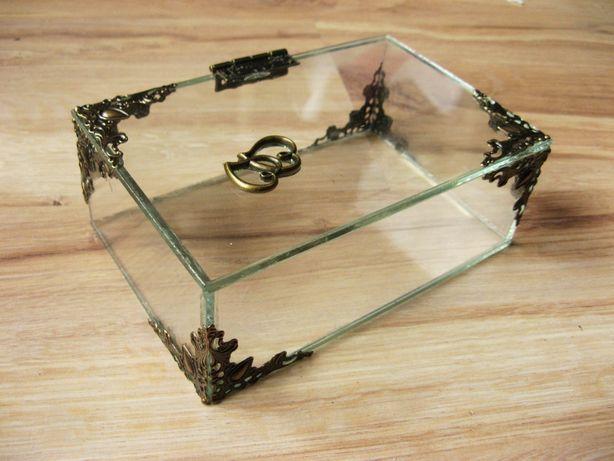 Pudełko szklane, szkatułka, organizer, gablotka
