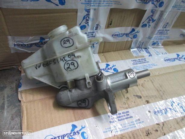 Bomba de Travao 1K2611301B VW / GOLF 5 / 2004 / 1.4 I / GASOLINA / SEAT / LEON / 2006 / 1.9 TDI / DIESEL /