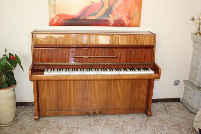 """Sprzedam Pianino""""Calisia"""""""