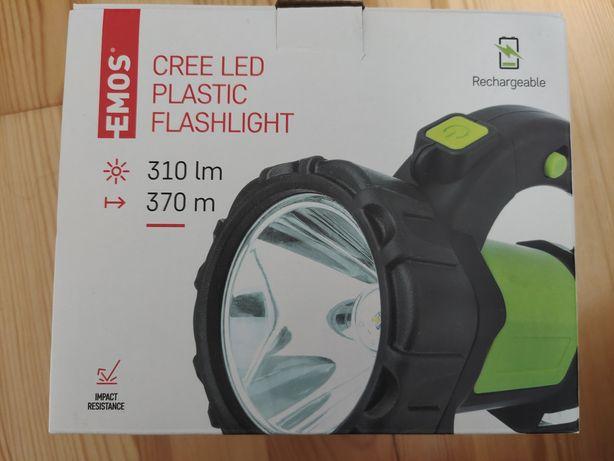 Akumulatorowa latarka LED