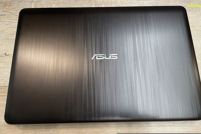 Продам ноутбук ASUS R 541 N