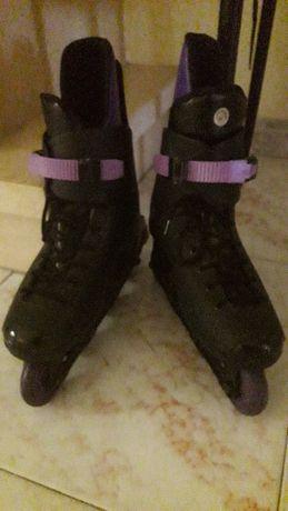 Vendo patins em linha n°41, cor preto e lilás