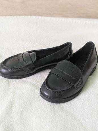 Продам лофери, туфли туфельки