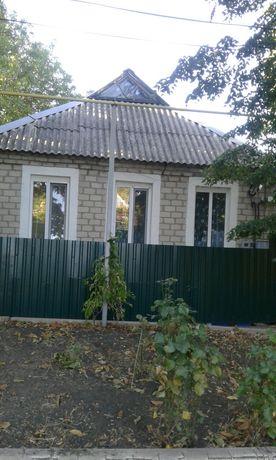 Продажа дома в Снежном  (в Садах ).