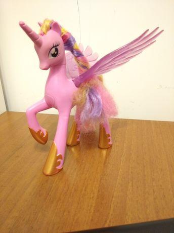 Kucyki Pony interaktywne Cadence i inne