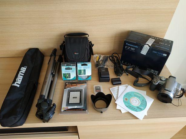 zestaw fotograficzny aparat Panasonic Lumix DMC-FZ18 statyw Hama Star