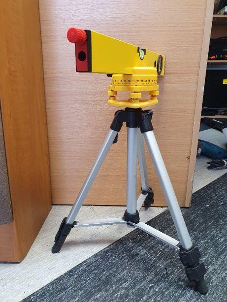 Poziomica z laserem i statywem, Lombard Jasło Czackiego