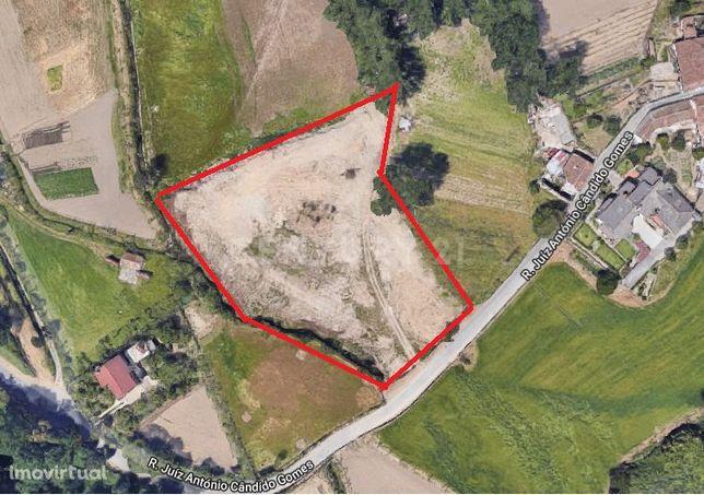 Terreno para construção com 8.800m2 de área em Maximinos- Braga