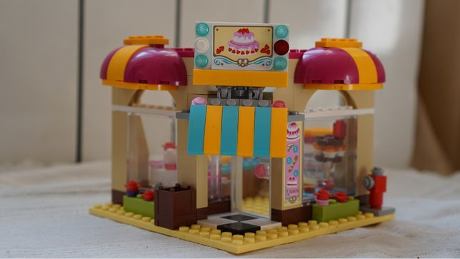 Лего френдс