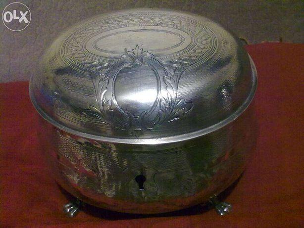 Антикварная, старинная, серебряная шкатулка. Начало 20 века. ОБМЕН.