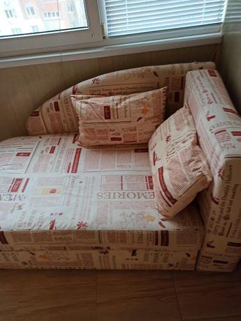 Продается мягкий полуторный диванчик