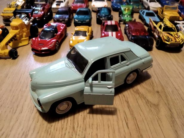Auta autka samochodziki samochody zabawki hot wheels 45 sztuk