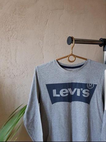 Кофта Levis, лонгслив, не свитшот, худи, гольф, не polo, футболка.