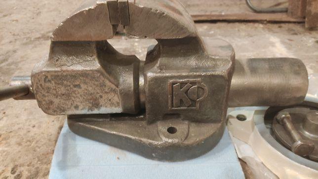 Продам лещата(тиски) виробництва СССР,в гарному стані.