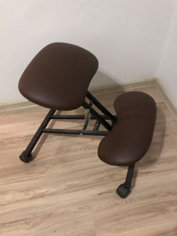 Klękosiad, krzeslo ergonomiczne