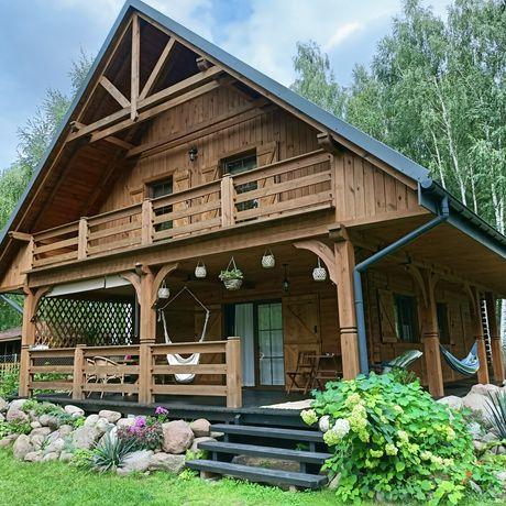 Komfortowy dom nad jeziorem.