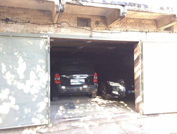 Сдам гараж Гагарина 95 кв на две машины