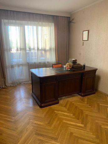 Продажа 2к квартира ул. Оноре де Бальзака 55, р-н  Троещина
