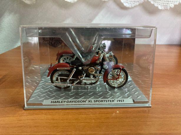 Miniatura mota coleção 1:43