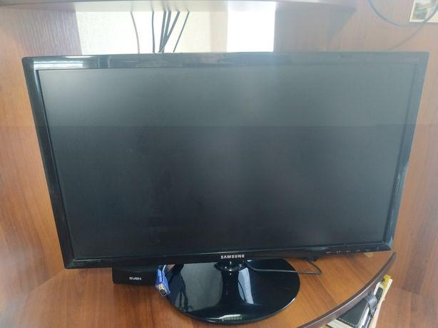 Монитор Samsung S24D300H [LS24D300HSI/RU]