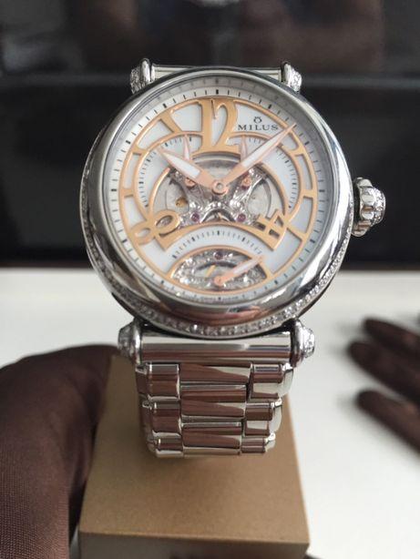 Zegarek Milus Merea TriRetrograde z kamieniami szlachetnymi
