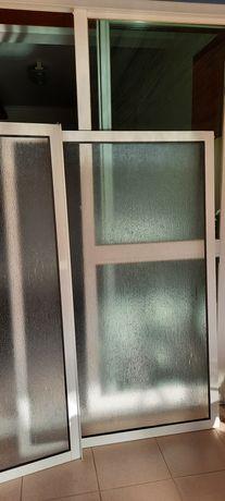 Estrutura de alumínio para banheiro