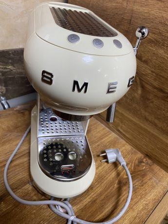 Кофемашина Smeg