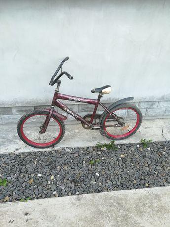 Продам велосипед дитячий для хлопчика 5- 6 років