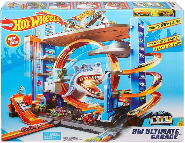 Гараж Хот вилс трек с акулой Hot Wheels ULTIMAT GARAGE (FTB69)