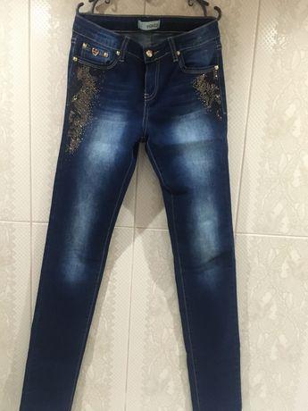 Гламурные джинсы на 12-14 лет