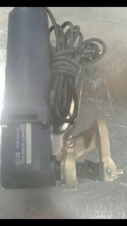 Продам электро-ножницы по листовому металлу