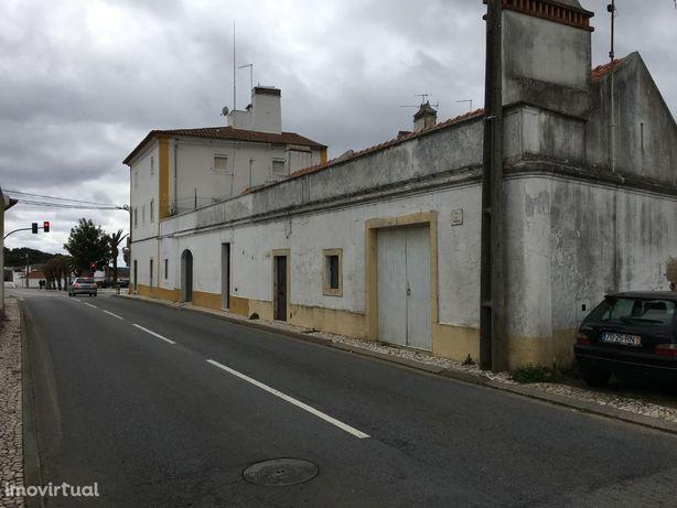 Moradia Geminada, 98m2, Evora Monte
