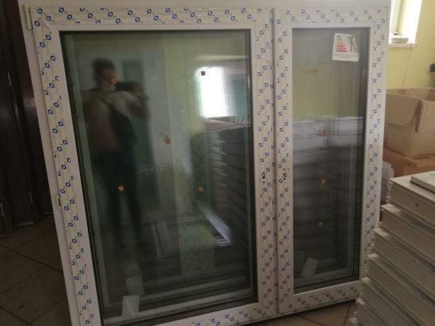 Okno 146 x 143