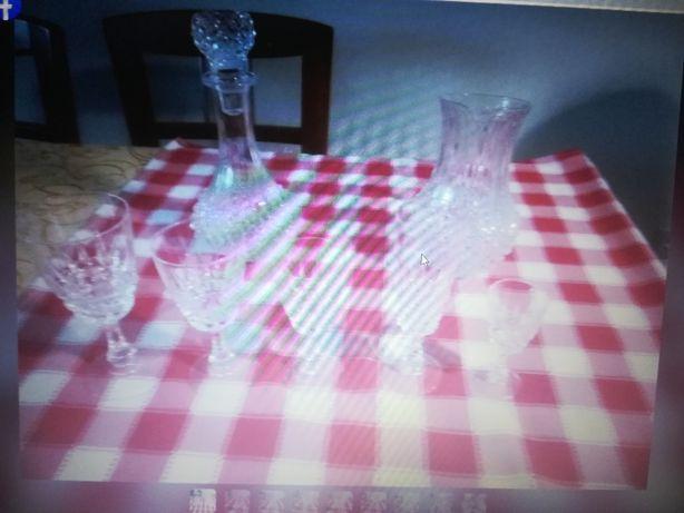 serviço de copos de cristal